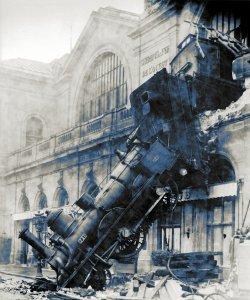 War on Error: Train wrech at Montparnasse.