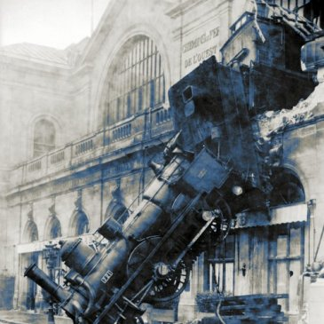 War on Error: Train wrech at Montparnasse.